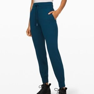 Lululemon Ready to Rulu sweatpants